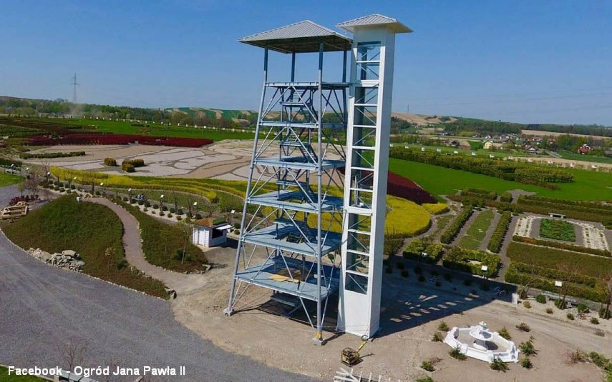 Wieża widokowa w Inwałd Parku
